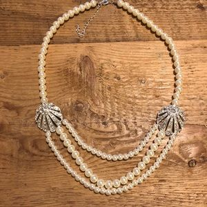 Faux pearl necklace!